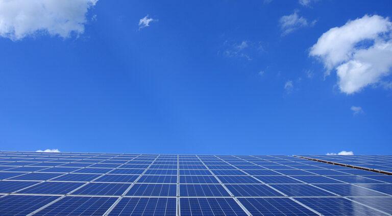 Subida del precio de la luz: ¿oportunidad para el autoconsumo?